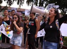 Os primeiros meses do governo Bolsonaro na educação: apropriação do público pelo privado