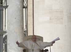 Papa Francisco retoma ideais do Fórum Social Mundial e conclama a pensar outro mundo