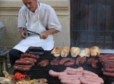 Gastronomia popular: El choripan de Cristina Kirchner e nossos sanduíches de mortadela