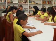 Estudo mostra que 90% das crianças que recebem Bolsa Família estão estudando