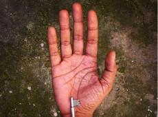 Congolês relata diferença de oportunidades para refugiados brancos e negros no Brasil