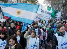 Professores fazem greve de 48 horas para denunciar desmonte na educação argentina