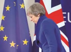 Parlamento impõem a May a maior derrota registrada na história da GrãBretanha