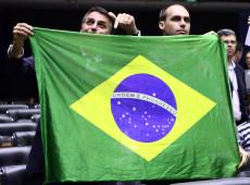 Brasil do nacionalismo ao entreguismo vulgar: a ignorância como estratégia de ação
