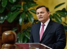 """Nestor Popolizio, chanceler do Peru, é exemplo do servilismo como """"prática diplomática"""""""