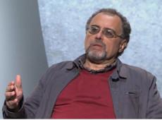 """""""Brasil instaurou um regime militar pelo voto popular"""", afirma Igor Fuser"""