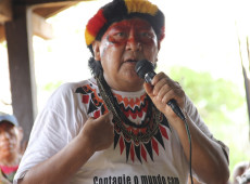 Ativista indígena brasileiro Kopenawa ganha Prêmio Nobel alternativo