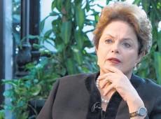 """Dilma: """"Partidos de direita estão destruídos. Mídia é o partido conservador mais forte"""""""