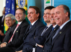 Um novo ano chegou e a esquerda continua sem saber como enfrentar Bolsonaro