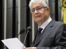 Requião propõe Lei Lorenzoni: quem pedir desculpas estará absolvido