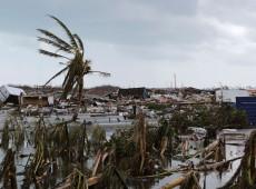 Enquanto furacão Dorian provoca caos, Trump não ajuda e adultera dados em mapa