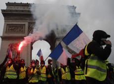 Paris em chamas: fim de semana é marcado por protestos dos coletes amarelos