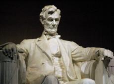 Steven Spielberg e a pergunta: Afinal, Abraham Lincoln teria sido escravocrata ou libertador?